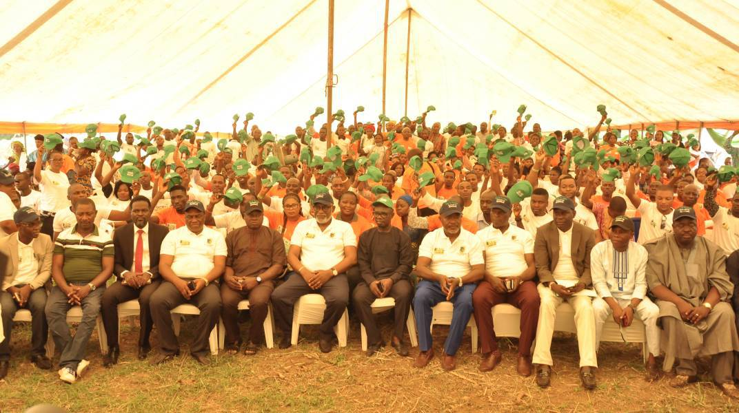 GOV. AKEREDOLU LAUNCHES 'YOUTH-ON-THE-RIDGES' PROGRAM IN AKURE (PHOTOS)