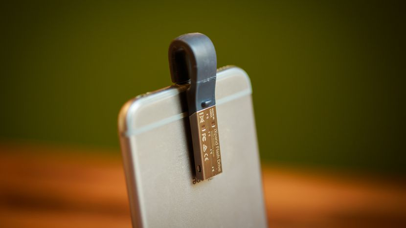 Review: SanDisk iXpand Flash Drive - Smaller, Faster Storage for iPad or iPhone (Pictures) - Brand Spur