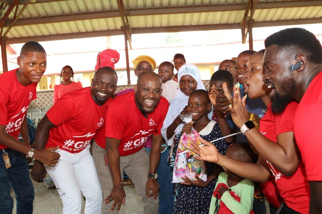 Ikeja Electric Marks Valentine's Day with Kids at Igbobi Orthopaedic Hospital (Pictures) - Brand Spur