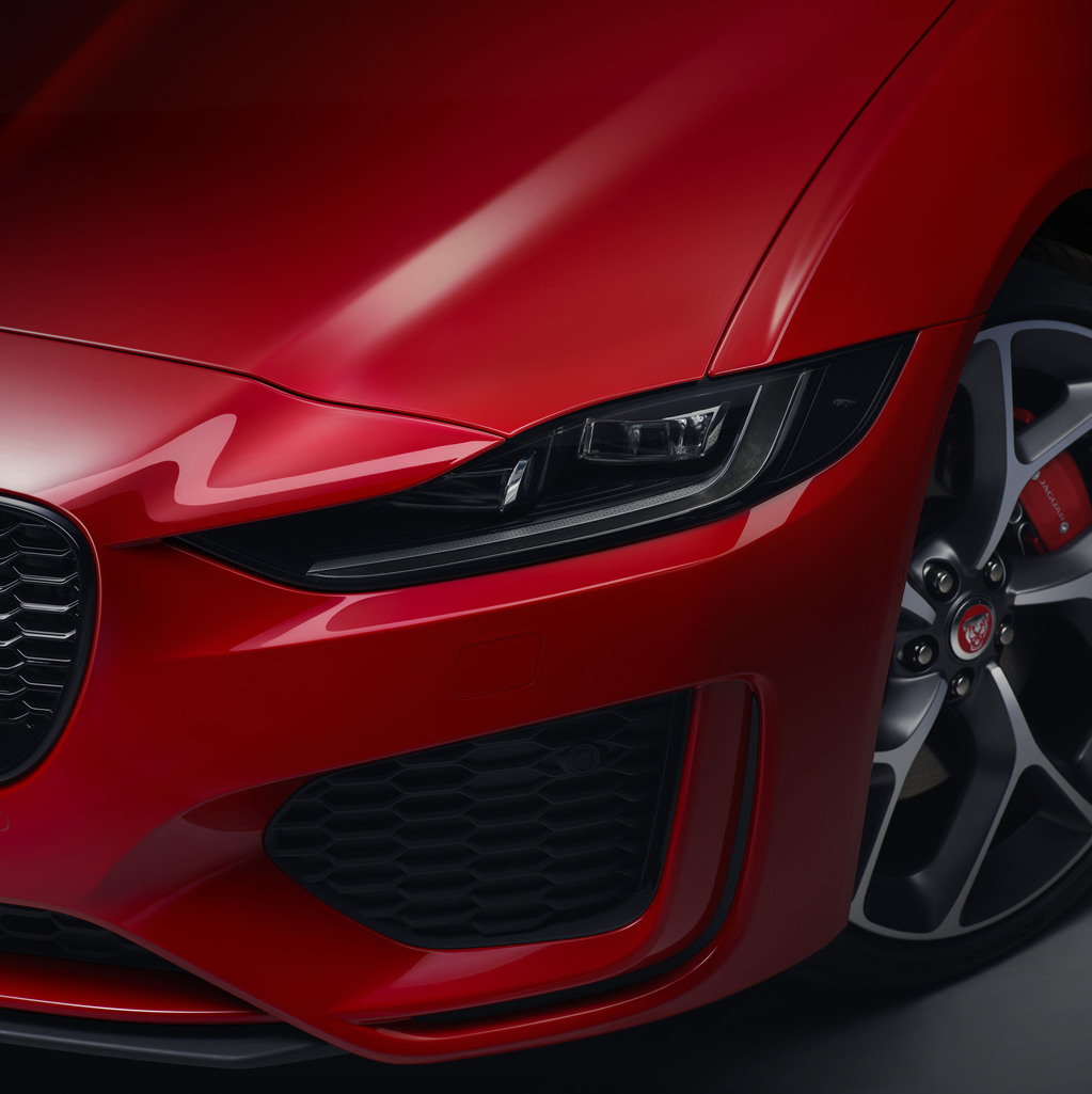 New 2019 Jaguar XE Unveiled With Interior Tweaks And Tech