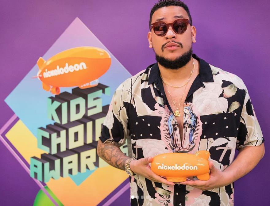 AKA AND STONEBWOY WIN BIG AT NICKELODEON'S KIDS' CHOICE AWARDS 2019 - Brand Spur