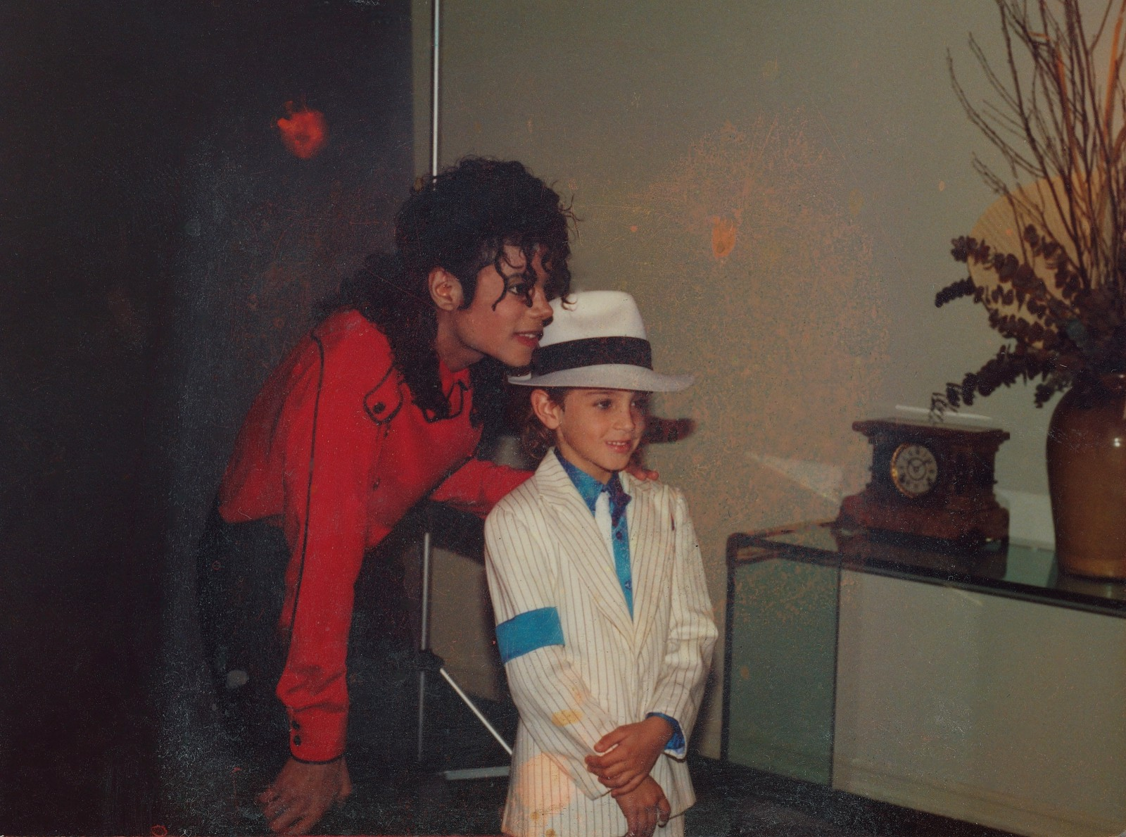 DStv to air controversial Leaving Neverland documentary this weekend on M-Net City - Brand Spur