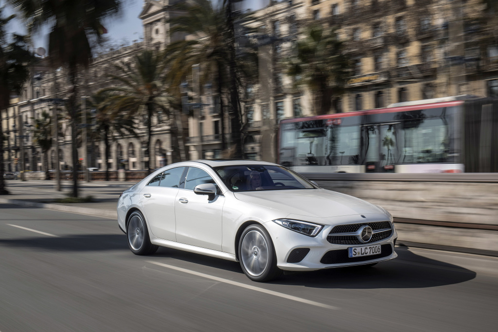 Mercedes-Benz sells more than 560,000 vehicles worldwide in Q1 2019 - Brand Spur