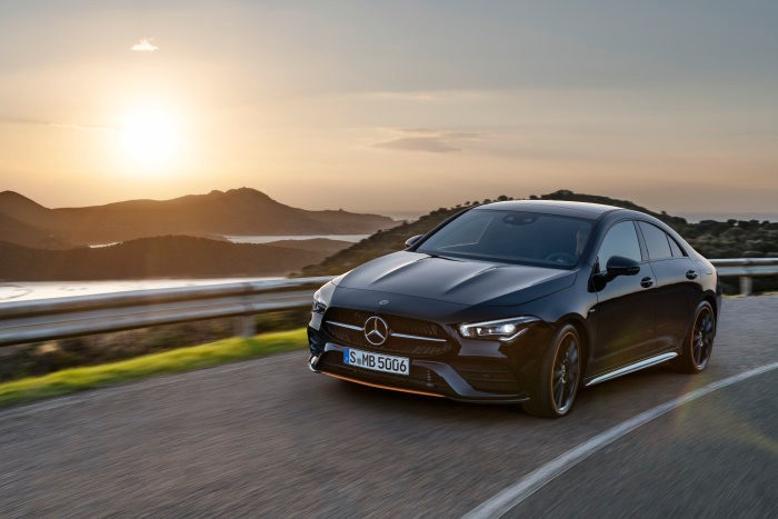 Mercedes-Benz yield much more compared to 195,000 vehicles worldwide in May