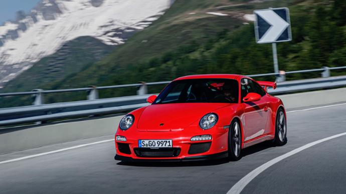 Celebrating 20 years of the Porsche 911 GT3 - Brand Spur