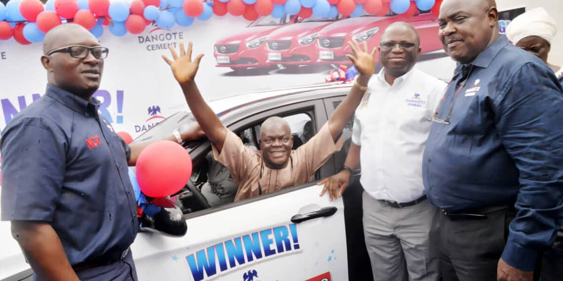Dangote Promo: 64-year-old Bricklayer and 20-year-old Artisan Win Star Prize (Photos) - Brand Spur