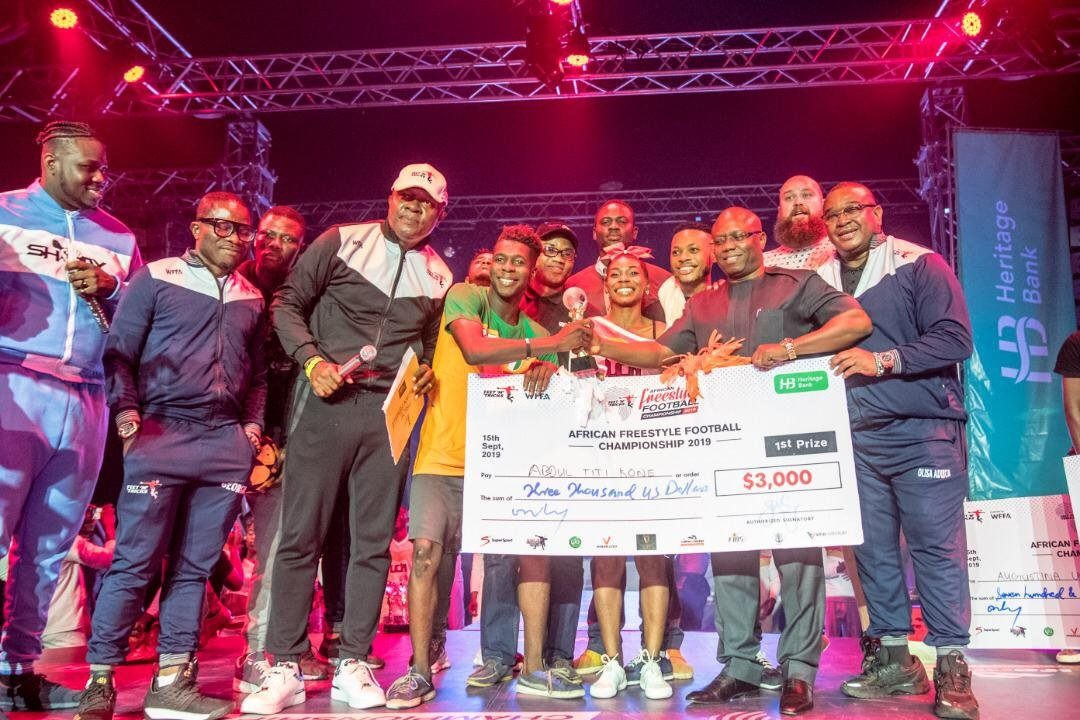Heritage Bank Presents Cheque Of ,000 To Winner Of African Freestyle Football Championship (Photos)