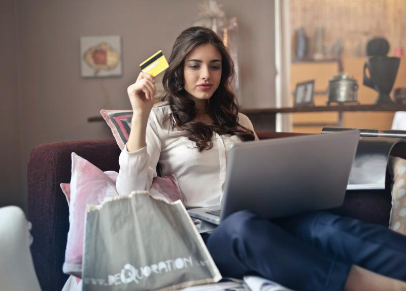 Mall Makeovers vs. Online Shopping: Will e-commerce support or replace Brick and Mortar?