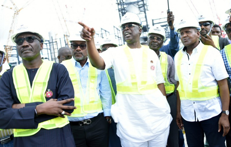 Federal Government Pledges Support Towards Completion of Dangote Petroleum Refinery