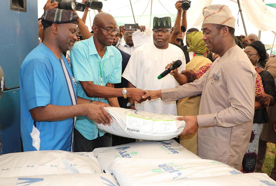 LASG empowers 1750 Farmers with agricultural inputs (Photos) - Brand Spur