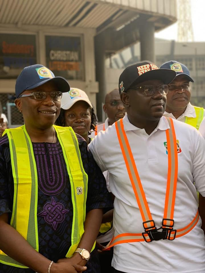 Lagos State Safety Commission sensitizes Lagos Island Residents, seals Defective Building (Photos)