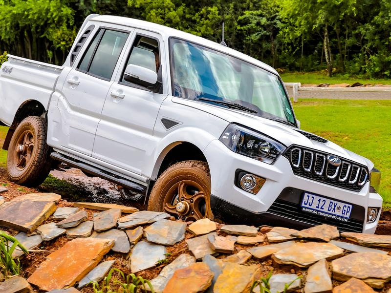 The all-new Mahindra Pik Up S11 Automatic - Brand Spur