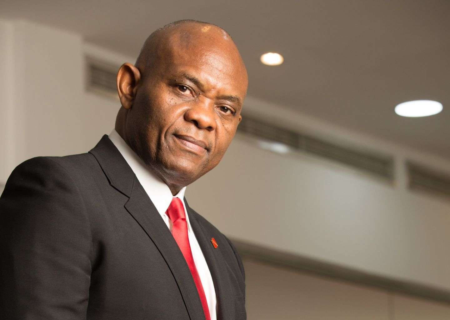 Elumelu Donates Technology Centre to Ambrose Ali University - Brand Spur