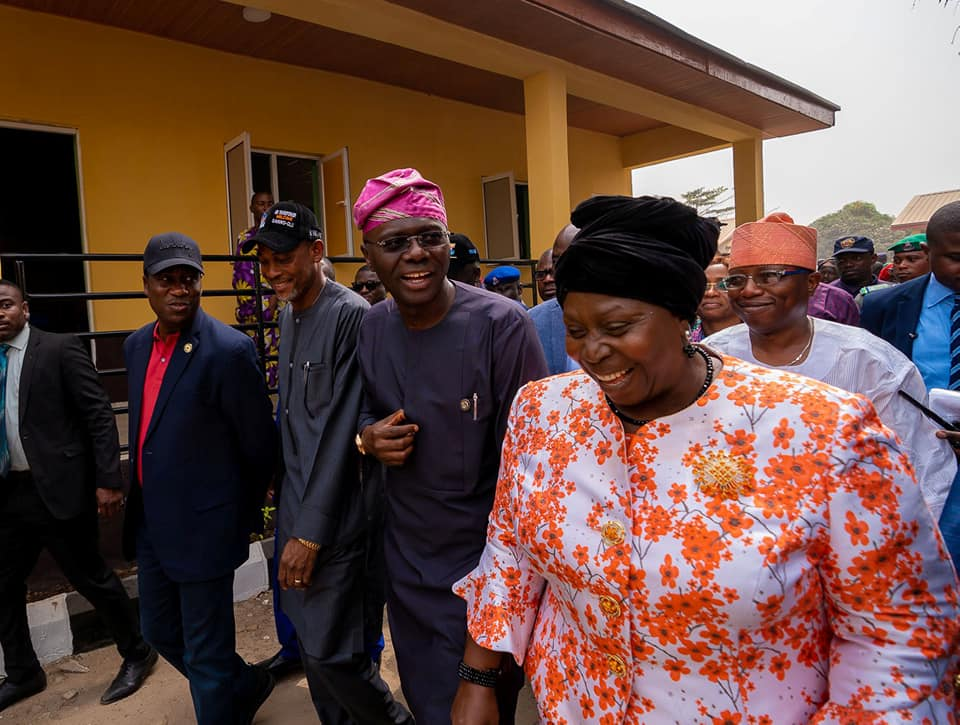 Bariga Erupts in Excitement as Sanwo-Olu Opens 11 Road Network, Health Centre (Photos) - Brand Spur