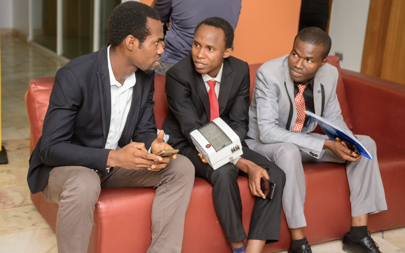 Hard Questions: Four Reasons Your Business Might Be Dying (Photos) - Brand Spur
