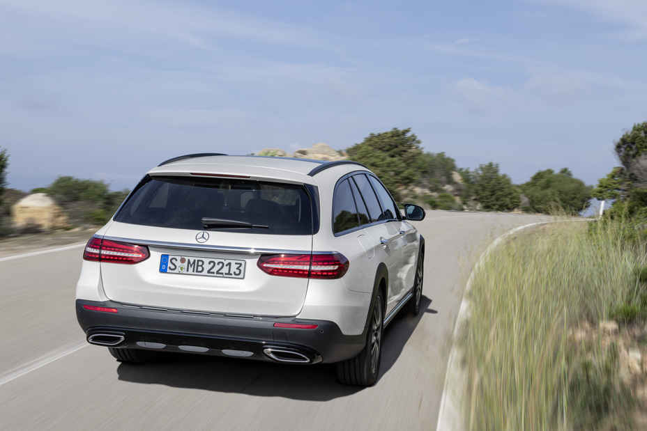 The New E-Class: Intelligence That Excites - Brand Spur