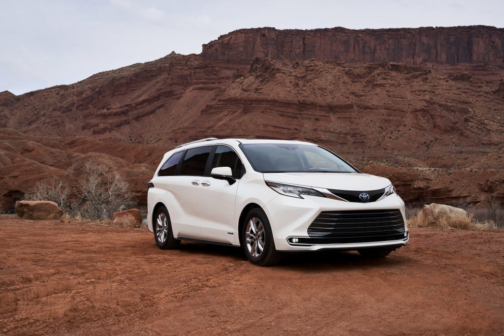 Toyota Launches All-New 2021 Sienna to Suit a Variety of Lifestyles - Brand Spur