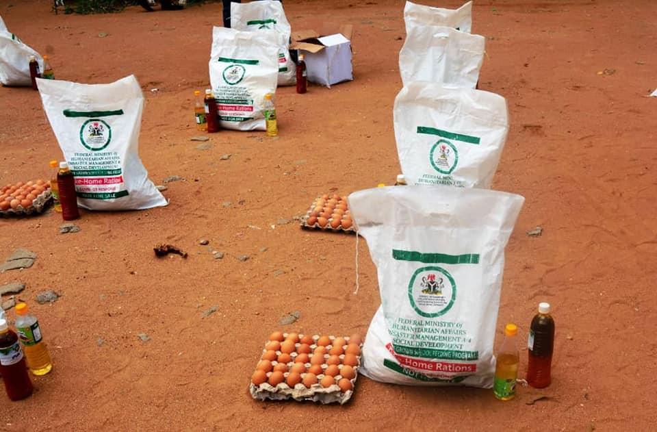 FG Kicks-Off Modified Home Grown School Feeding Programme in Lagos (Photos) - Brand Spur