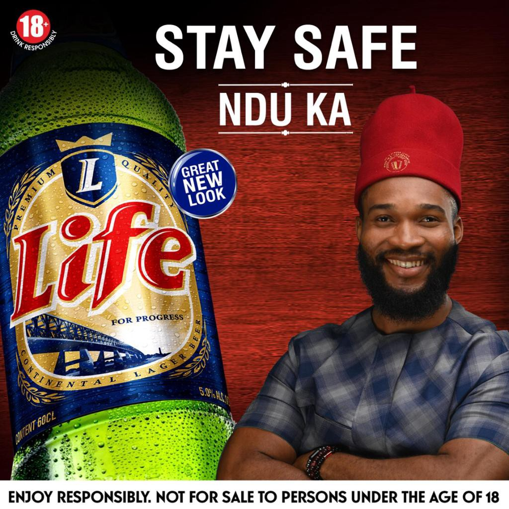 Flavour, Phyno Share New Life With Fans - Brand Spur