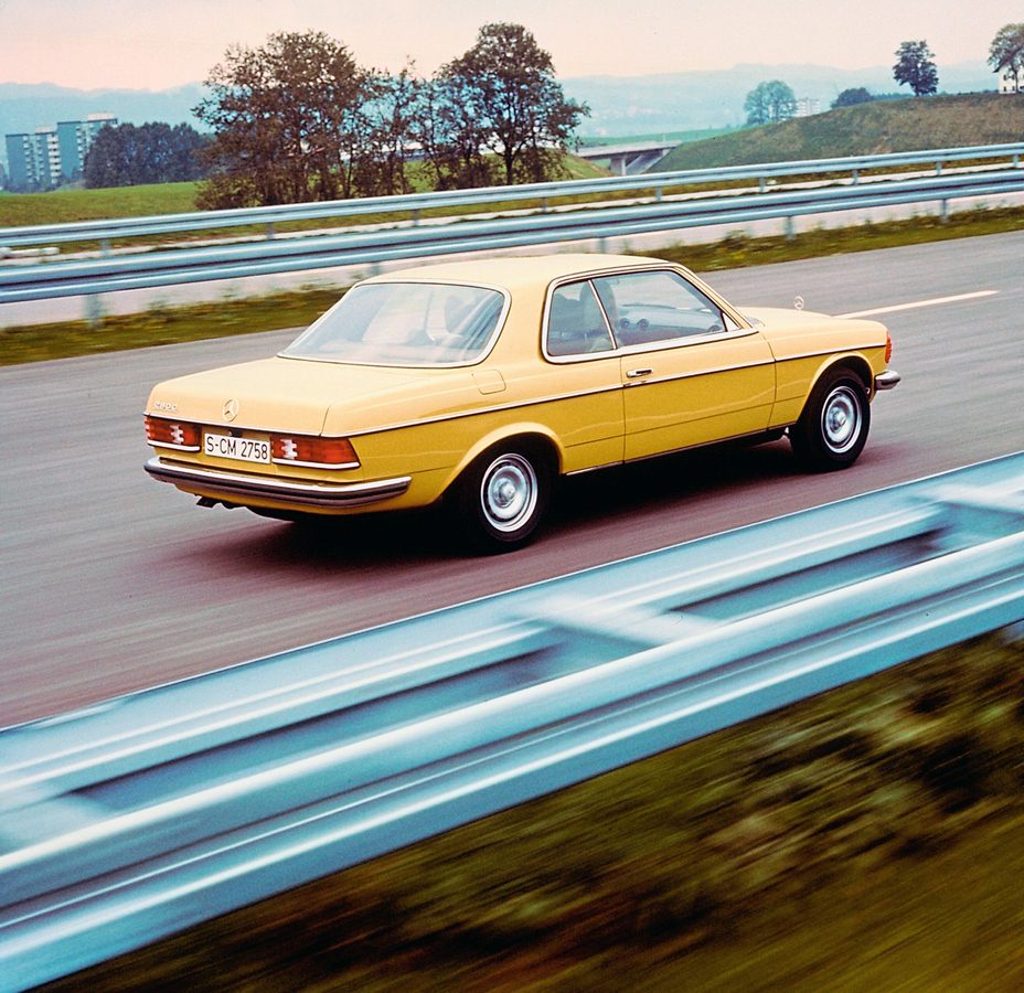 The history of the Mercedes-Benz E-Class Coupes and Cabriolets: Sporty and elegant two-door cars with remarkable style - Brand Spur