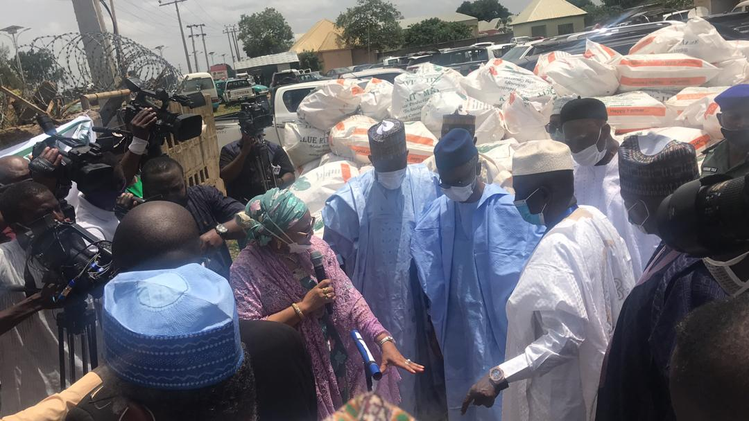 COVID-19: FG Flags-Off Distribution of Agricultural Inputs to Avert Food Scarcity in 2021 (Photos) - Brand Spur