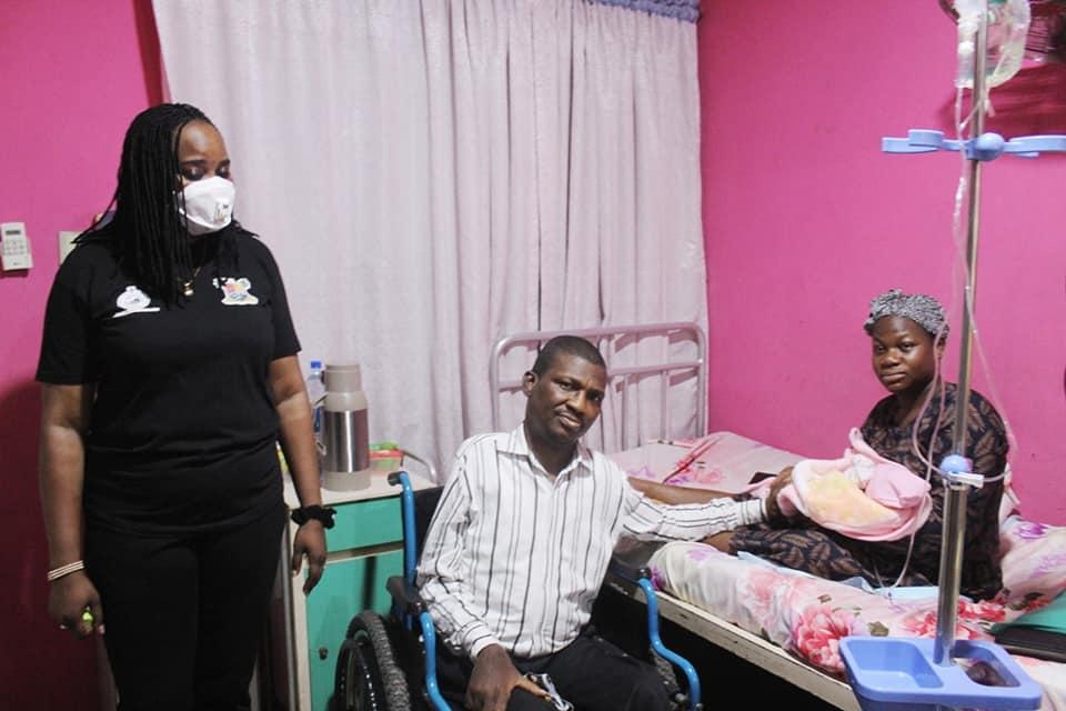 LAGOS HEALTH SCHEME: First Civil Servant to Deliver Baby Emerges (Photos) - Brand Spur