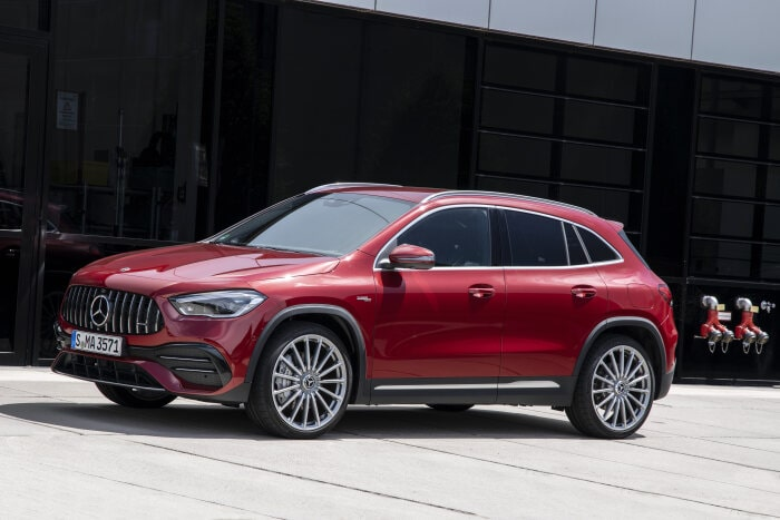 Compact all-rounder as an entry to the Mercedes-AMG world: The new Mercedes-AMG GLA 35 4MATIC - Brand Spur
