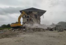 Lagos Embarks on Removal of Illegal Structures At Idera Private Estate Developers Scheme (Photos)
