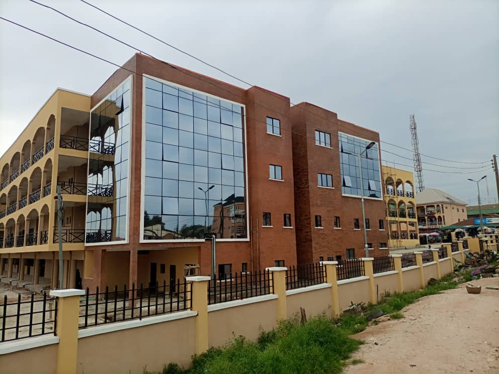 Ekiti Govt Commissions Ultramodern Ado-Ekiti Central Market, Model Schools and Asphalt Plant