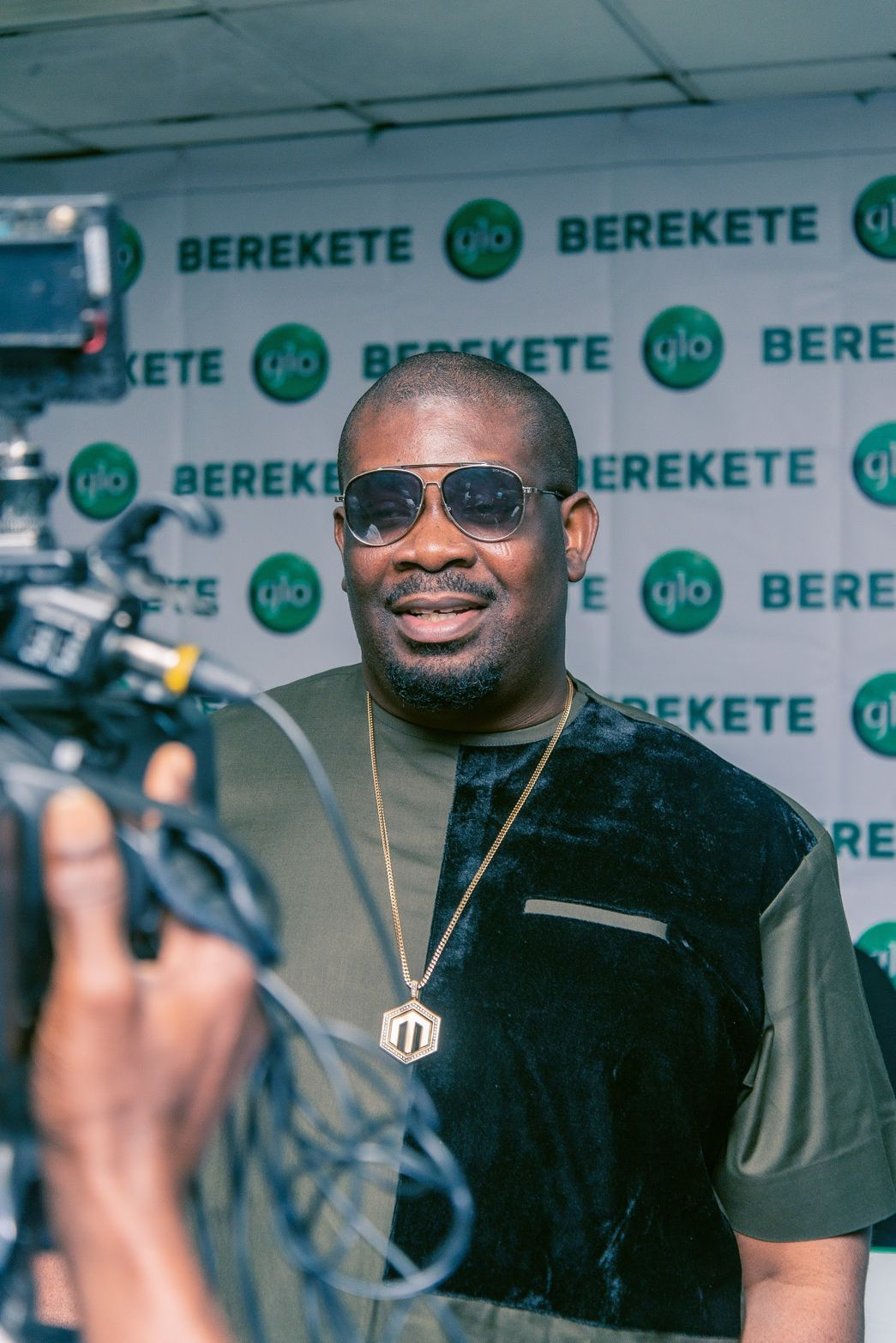 Globacom Unveils Don Jazzy and Teni as Ambassadors (Photos)