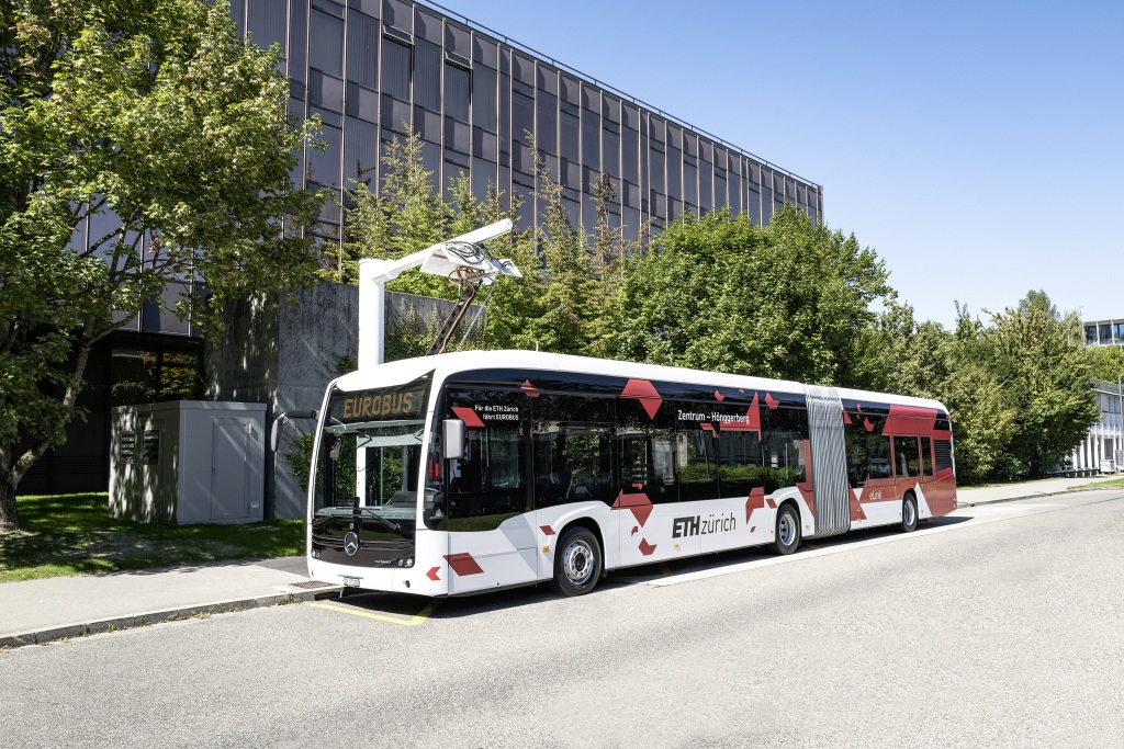 Only recently presented and already in regular service operations: Mercedes-Benz delivers three Mercedes-Benz eCitaro G with fully electric drive to Switzerland