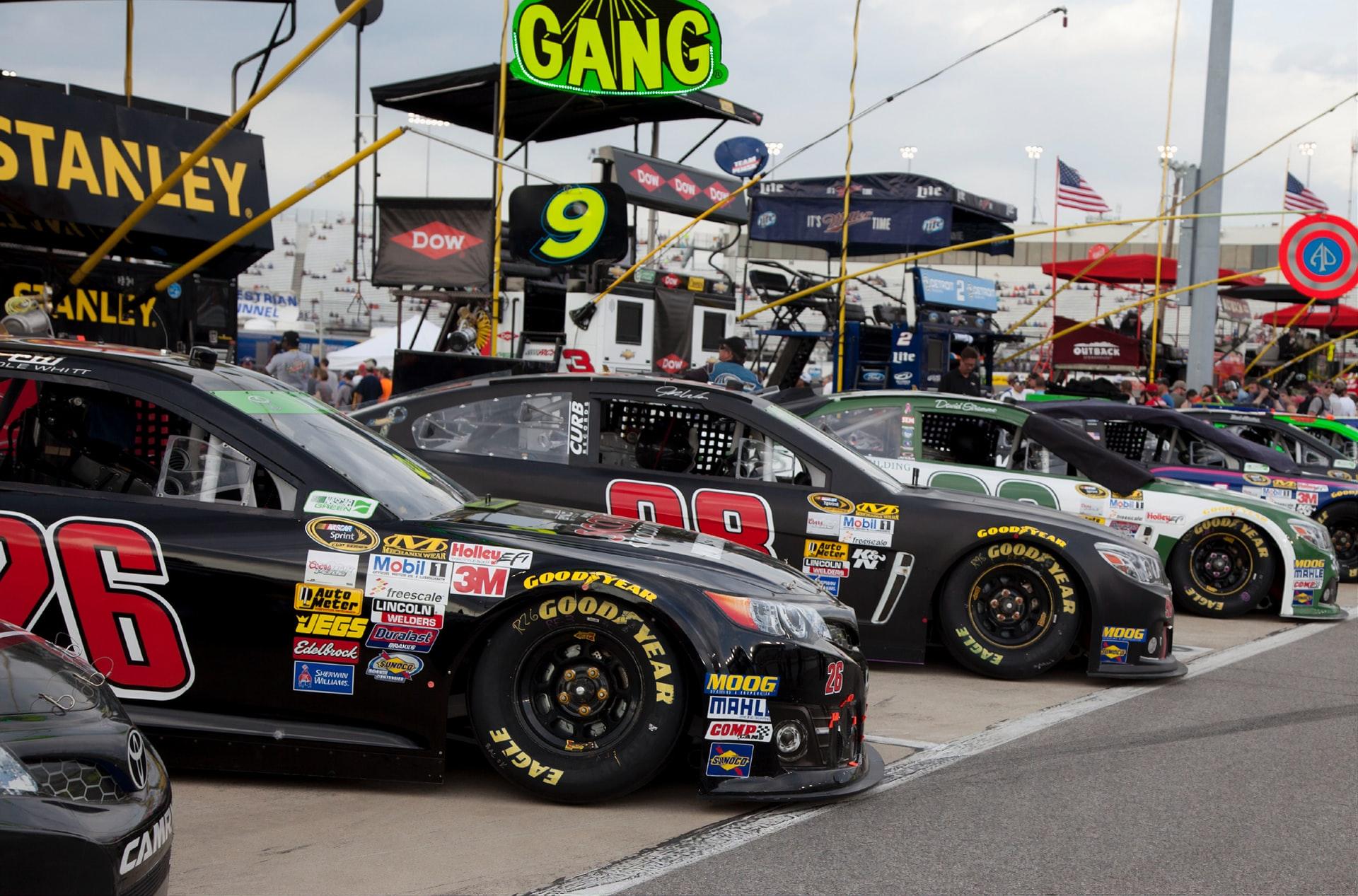 Value of the five largest NASCAR racing teams surpass $1 billion www.brandspurng.com