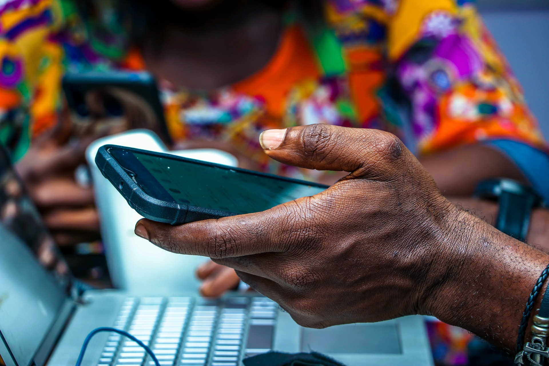 What Factors Are Helping Drive the Growing Mobile Market in Nigeria Brandspurng1