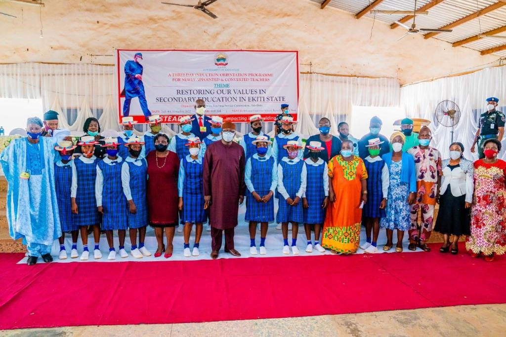 """""""Future of our children is in your hands"""", Governor Fayemi tells Ekiti teachers"""
