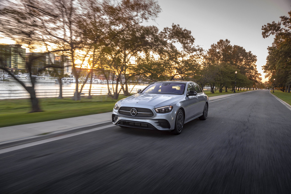 Mercedes-Benz E-Class named MotorTrend 2021 Car of the Year
