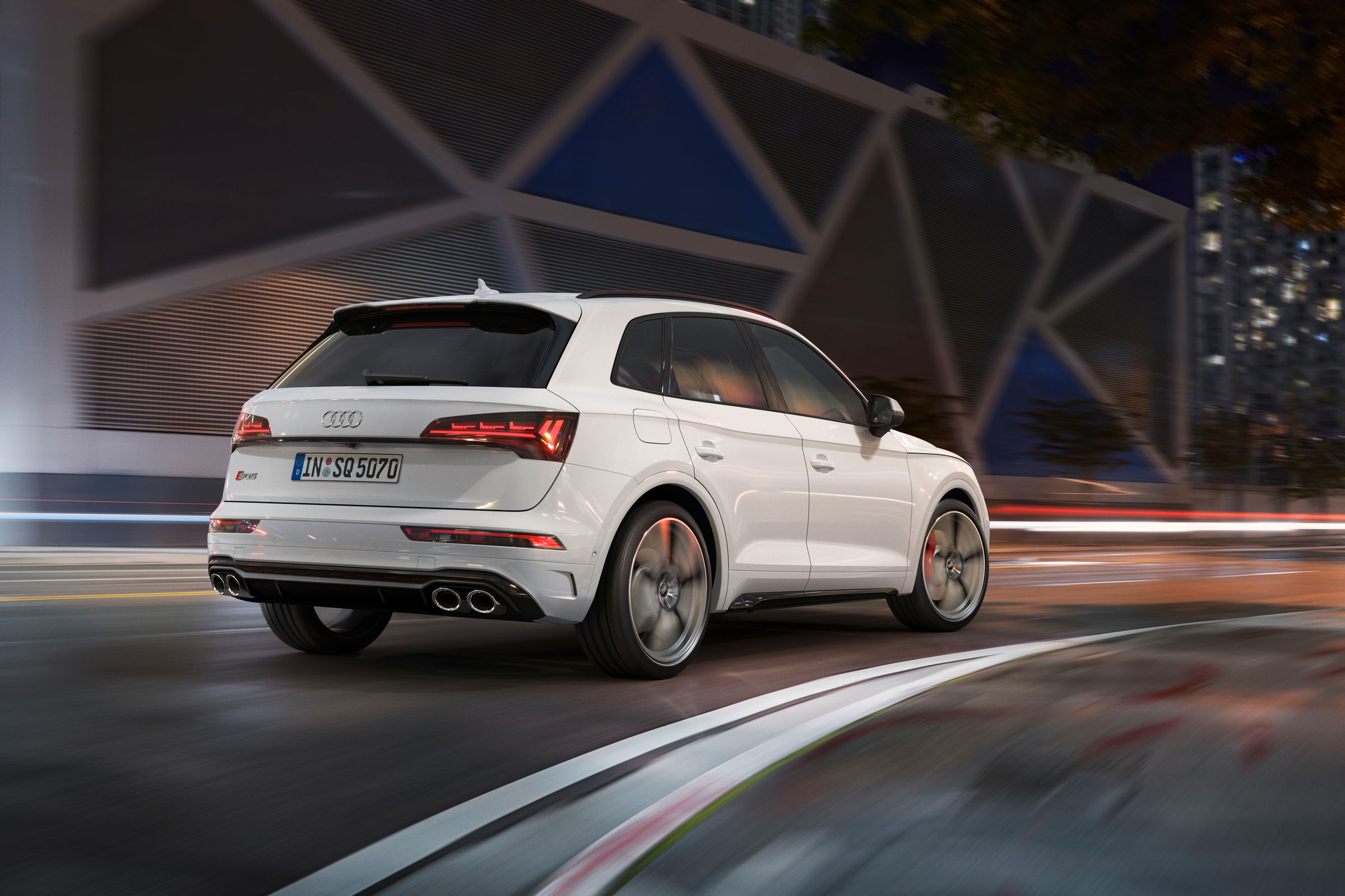 Sporty, powerful and efficient: Audi presents the new generation of the SQ5 TDI