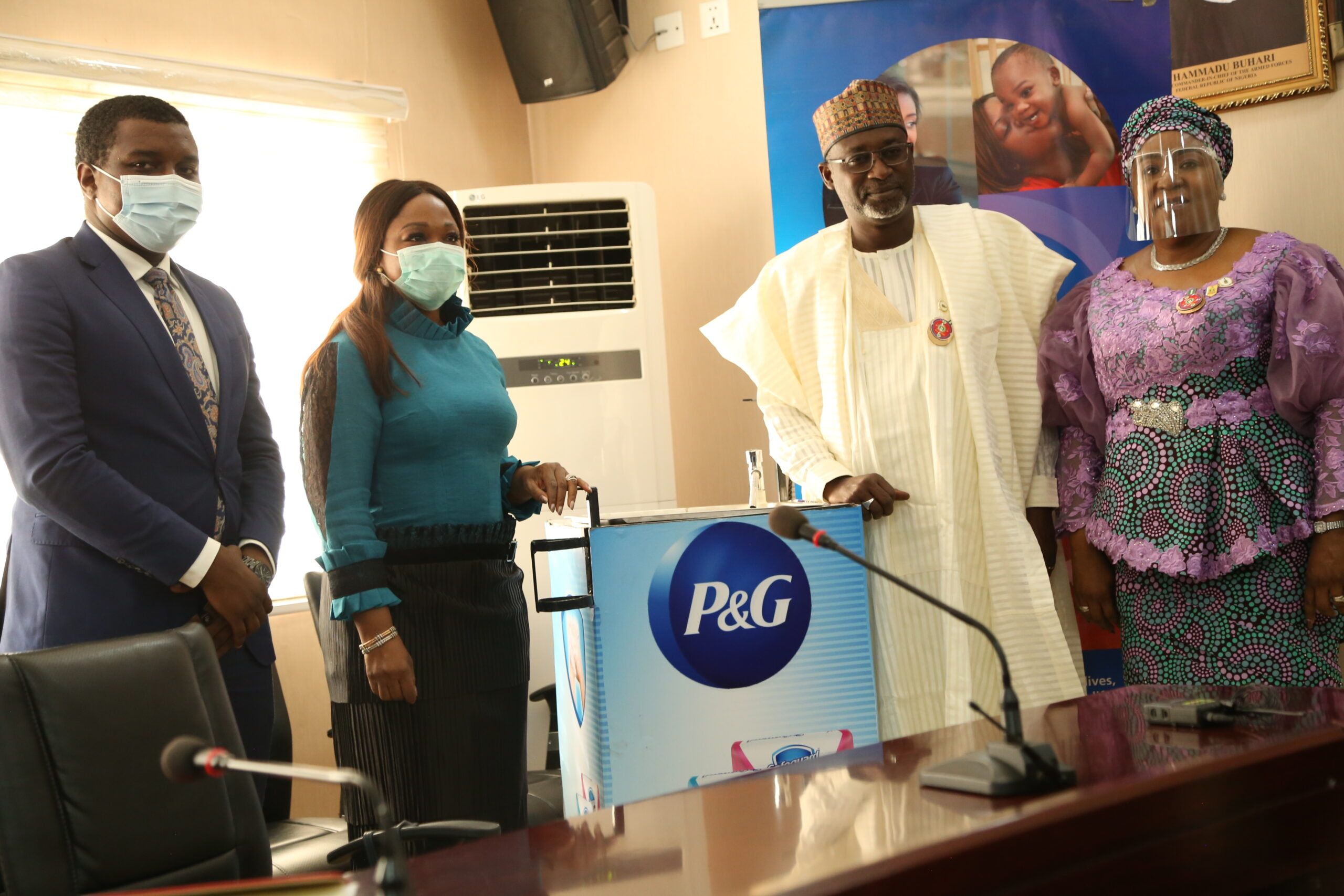P&G, Safeguard® partners with the Ministry of Environment, Ministry of Water Resources to extend its global handwashing day campaign Brandspurng1