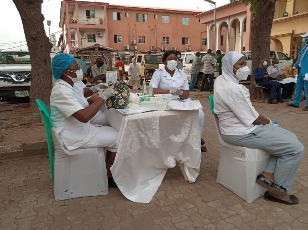 Rabies brandspurng Lagos State To Carry Out Free Vaccination For 1.5 Million Dogs (Photos)1