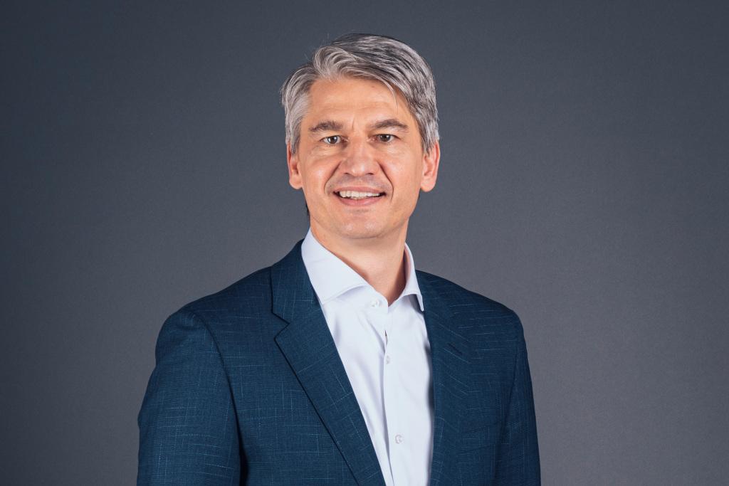 Benedikt Schell, Vorsitzender des Vorstands der Mercedes-Benz Bank AGBenedikt Schell, CEO, Mercedes-Benz Bank AG