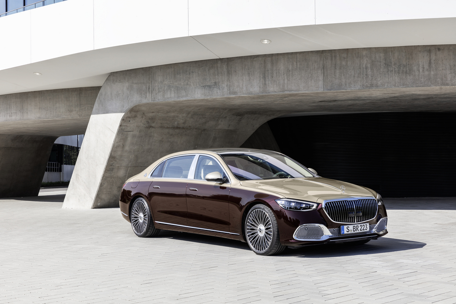 Mercedes-Benz Unveils the New Maybach S-Class, Costs $184,900 Brandspurng
