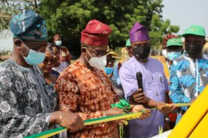 Ogun Distributes Monitoring Vehicles To Improve Town Planning Activities - Brand Spur